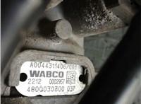 A00443114067001 / 4800030300 Кран тормозной Mercedes Actros MP4 2011- 4424834 #2