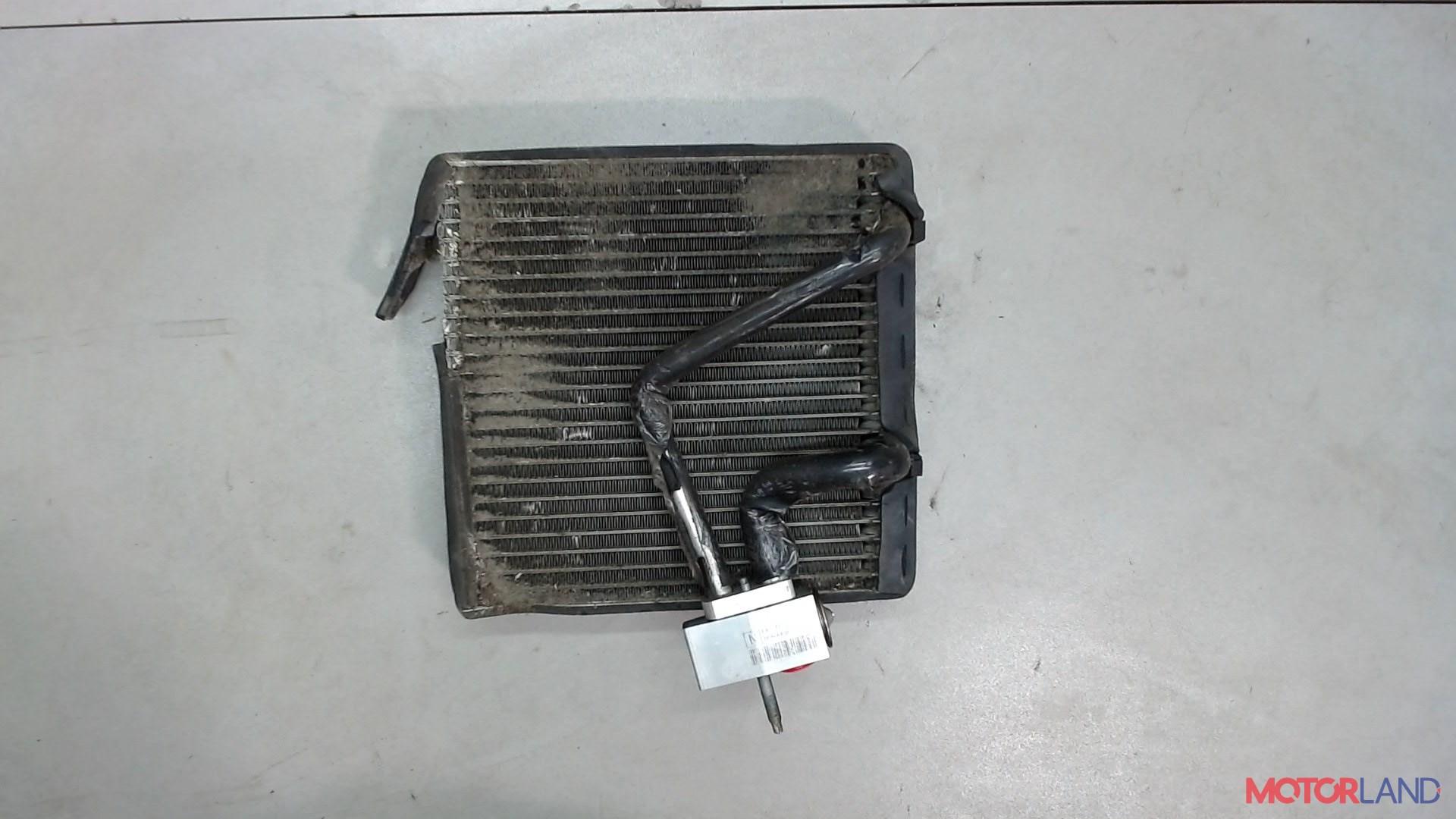 Радиатор кондиционера салона Mazda Tribute 2008- 2.3 л. 2008 L3 б/у #1