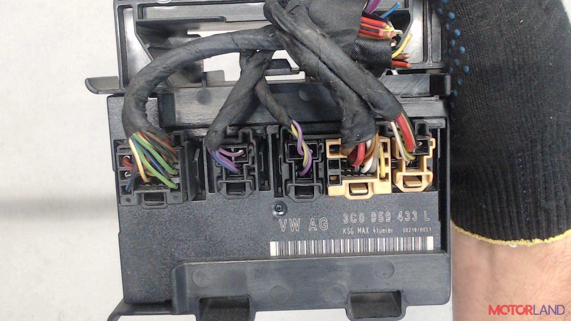 Блок управления (ЭБУ) Volkswagen Passat 6 2005-2010 3.2 л. 2006 AXZ б/у #4
