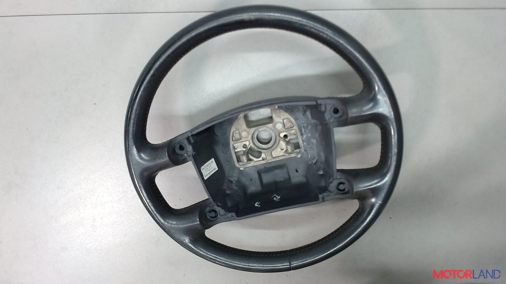 Руль Volkswagen Touareg 2002-2007 3.2 л. 2004 BAA б/у #2