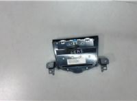 Панель управления магнитолой Chevrolet Cruze 2009-2015 6643132 #2