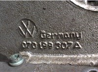 070199307a Кронштейн (лапа крепления) Volkswagen Touareg 2002-2007 6715473 #3