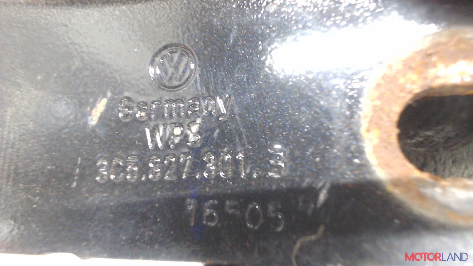 Петля крышки багажника Volkswagen Passat 6 2005-2010 3.2 л. 2006 AXZ б/у #3