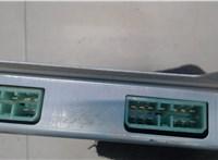 Блок управления (ЭБУ) Mazda 626 1987-1992 6765277 #3