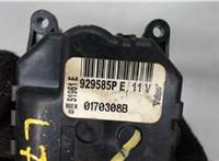 Электропривод заслонки отопителя Jeep Grand Cherokee 2004-2010 6772561 #3