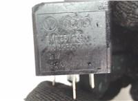 8k0951253 Реле прочее Chevrolet Tahoe 2006-2014 6848295 #2